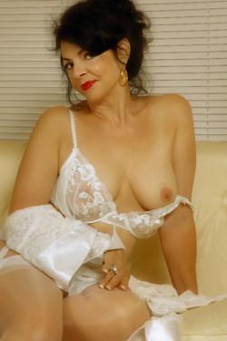 photo-sexe-de-vieille-pour-baiser-dans-le-94-ce-soir