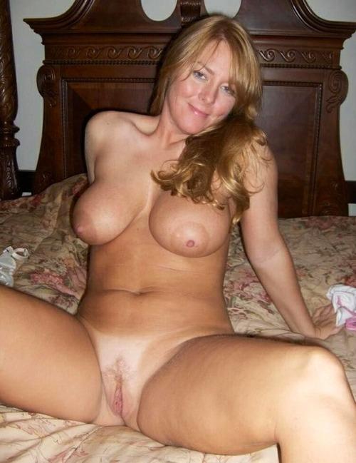 rencontre-femme-cougar-avec-photo-nue-dans-le-22