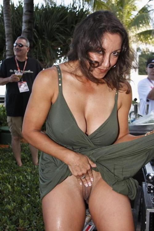 rencontre-femme-cougar-avec-photo-nue-dans-le-48