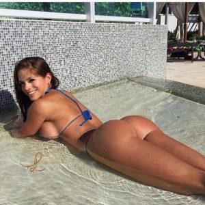 Les gros seins de jeune maman francaise du 35